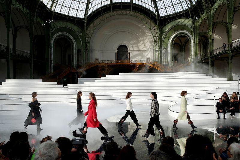 Coronavirus forces cancellation of Paris fashion weeks: statement