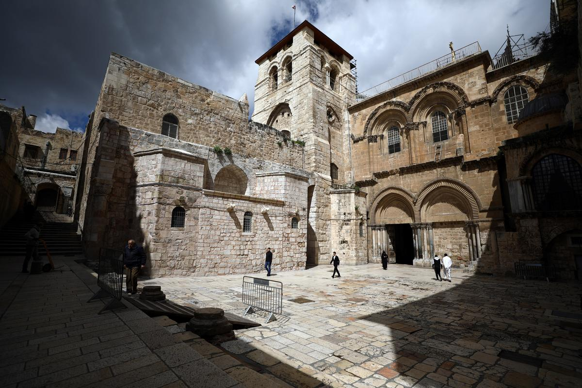 Holy Land custodian urges Israel to let clerics celebrate Easter in Holy Sepulchre