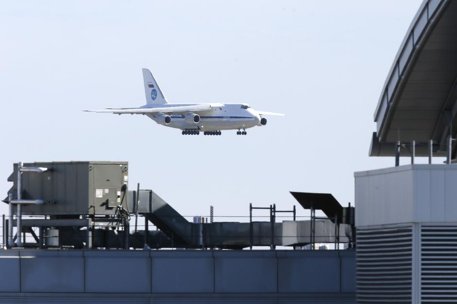 Russian plane with coronavirus medical gear lands in U.S. after ...