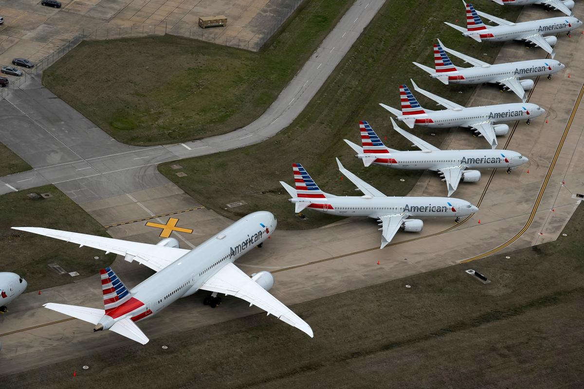 American Airlines slashes flights but has no plans to halt U.S. service