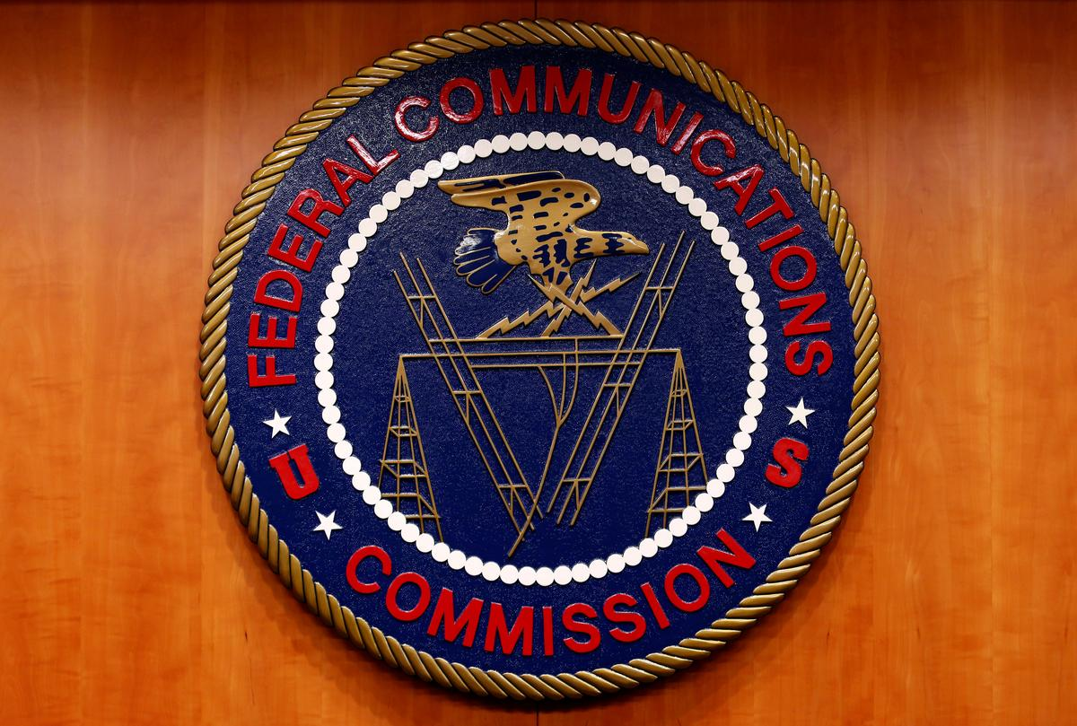 FCC proposes to fine TracFone Wireless $6 million for subsidy violations