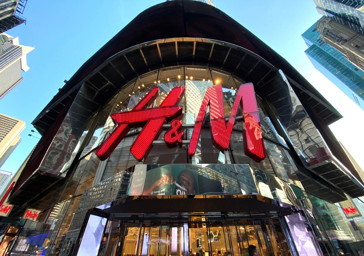 Sweden's H&M sees second-quarter loss as pandemic slams March sales