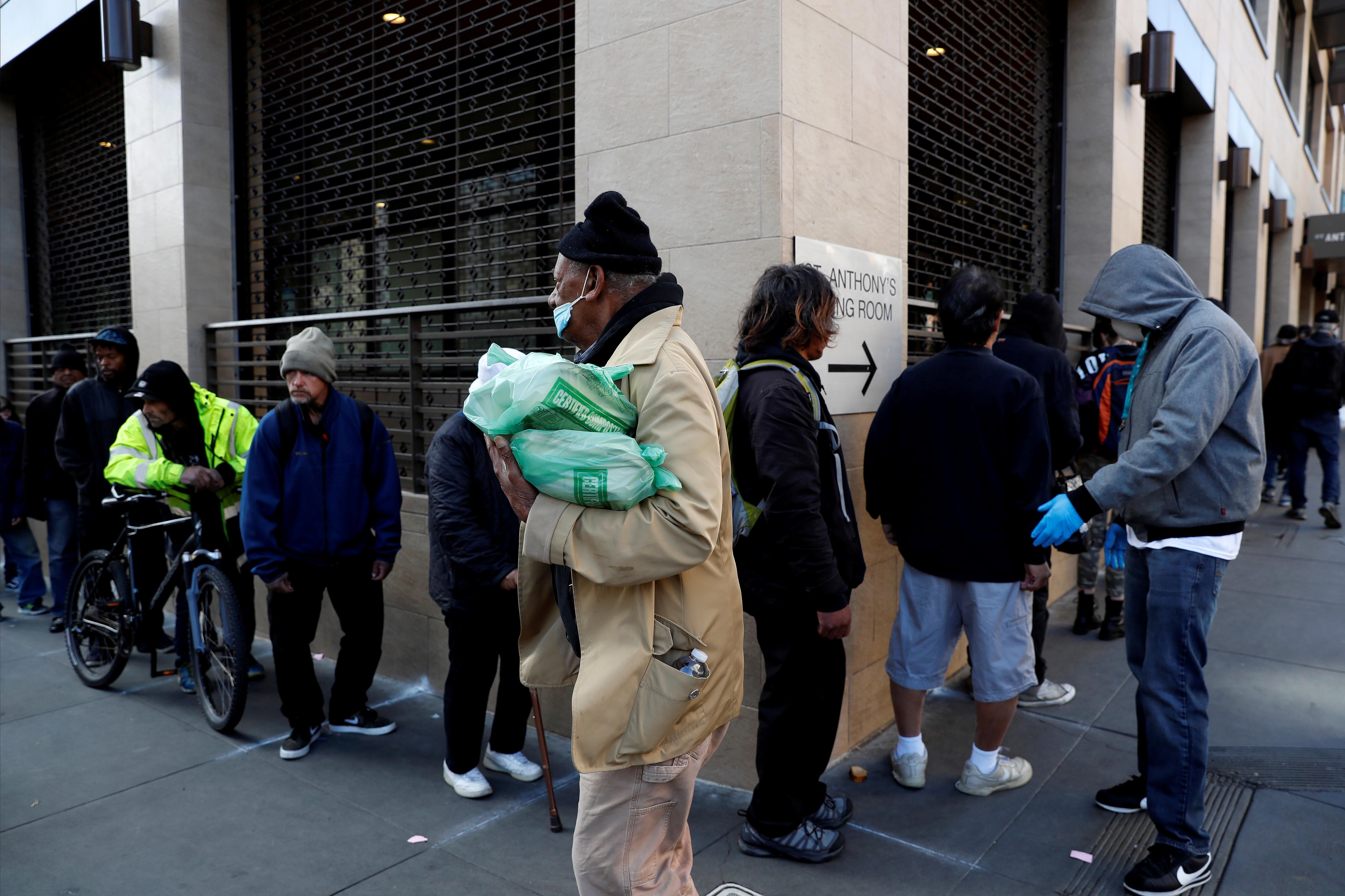 Le coronavirus force San Francisco à placer les sans-abri dans les hôtels