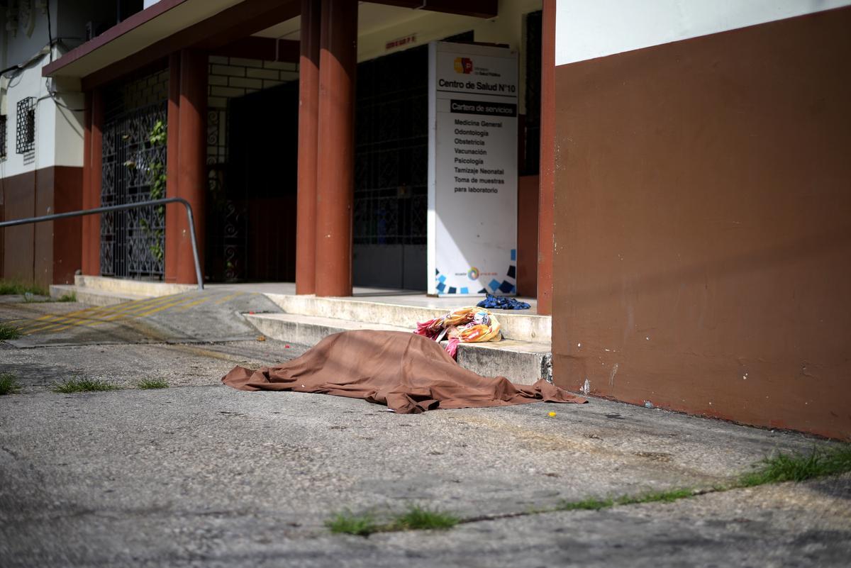 Ecuador stores coronavirus victims in giant fridges as morgues fill up