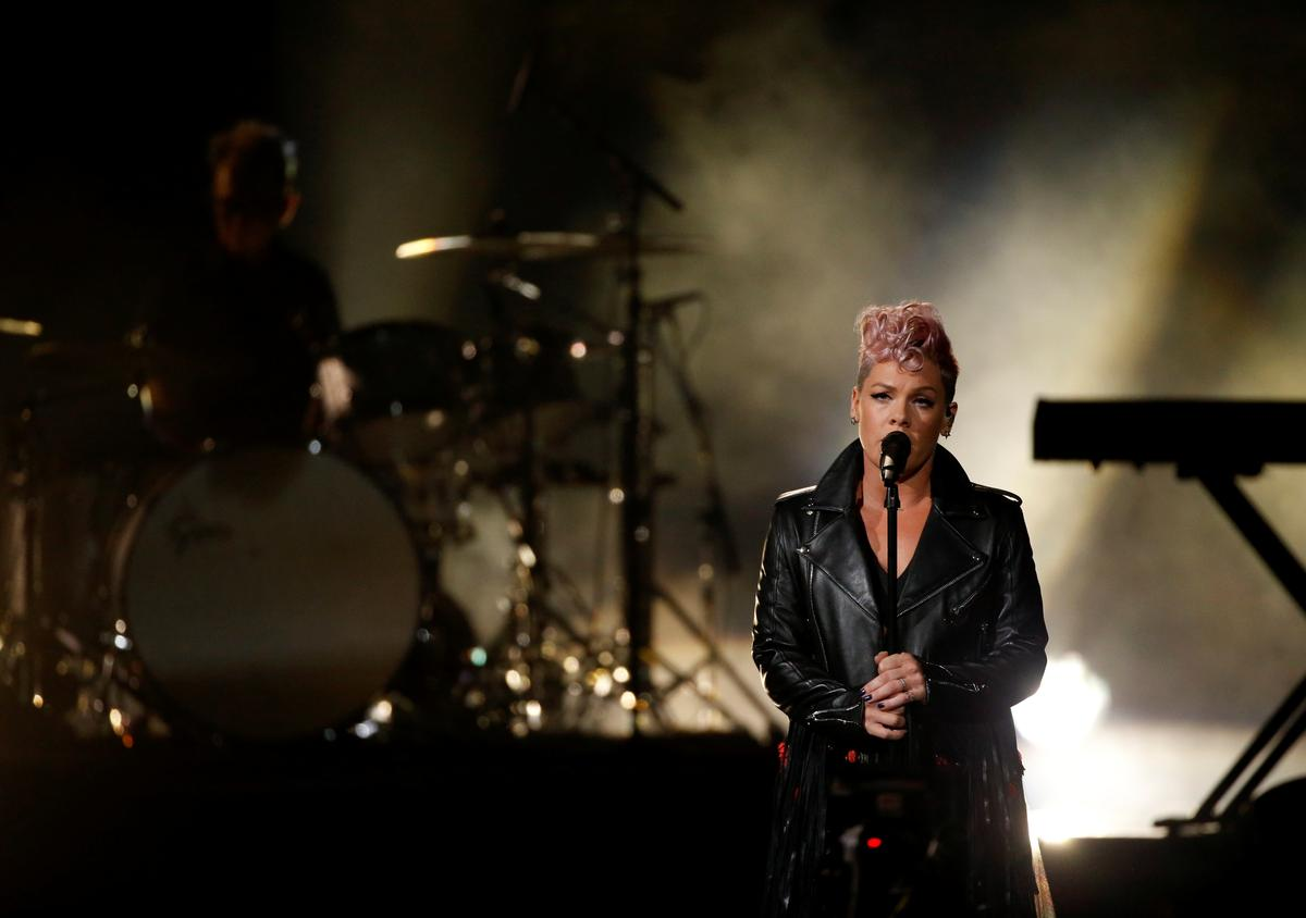 Singer Pink says she had coronavirus, pledges $1 mln to relief efforts