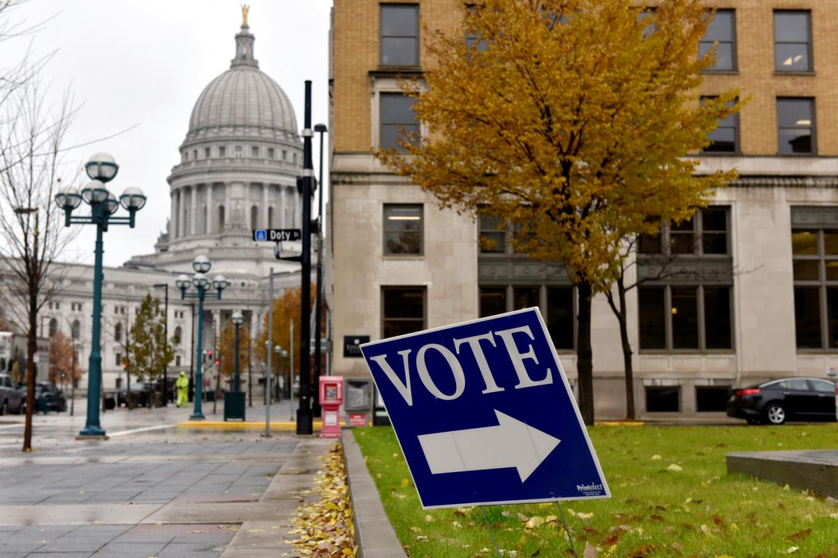 Citing coronavirus, Wisconsin mayors urge postponement of Tuesday's election