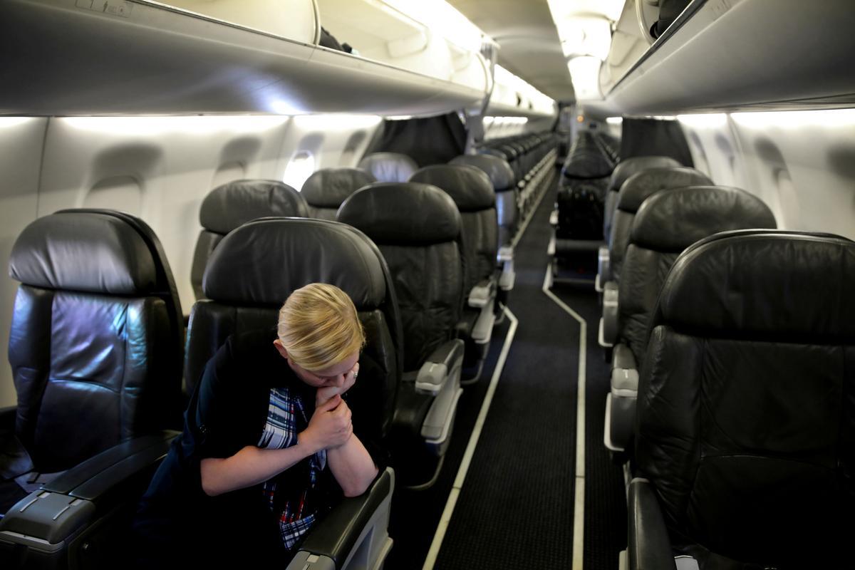 U.S. airlines ease loyalty programs in coronavirus travel slump