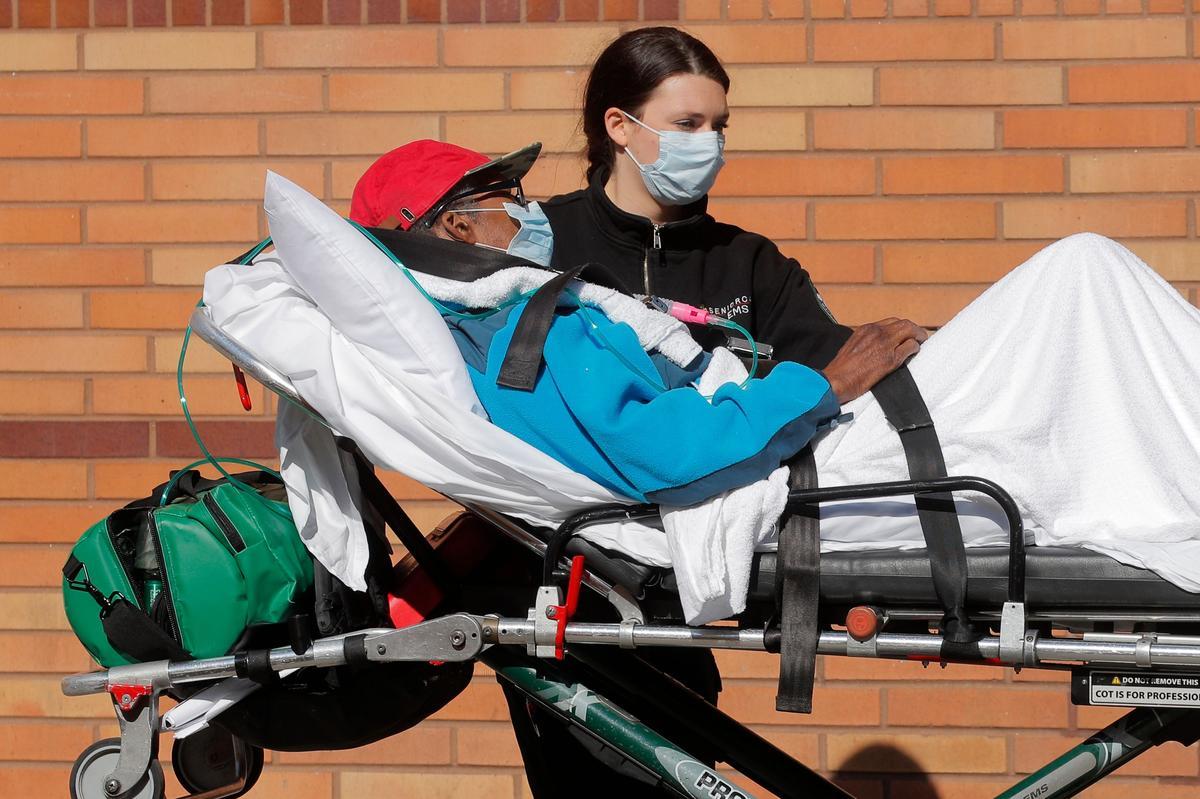 New York, New Jersey see early signs of coronavirus 'flattening'