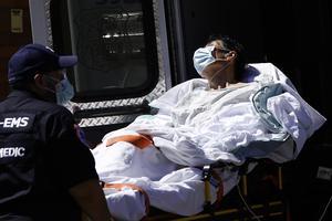 U.S. braces for 'peak death week' as coronavirus spreads