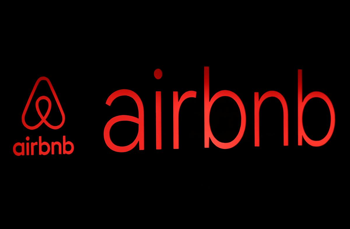 Prague aims to get a grip on Airbnb with coronavirus crisis laws