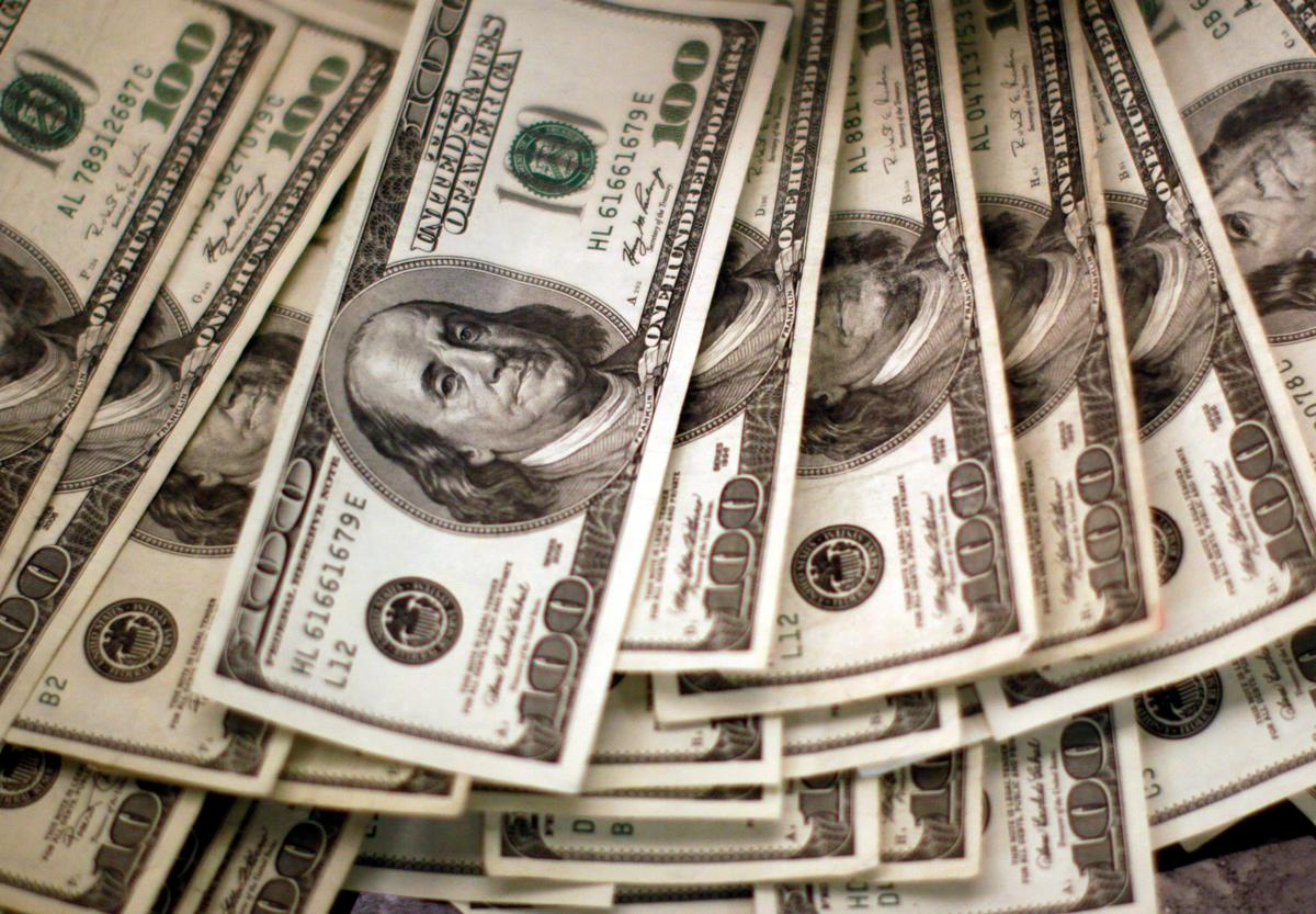 Cash is king as U.S. quarterly reporting season gains steam
