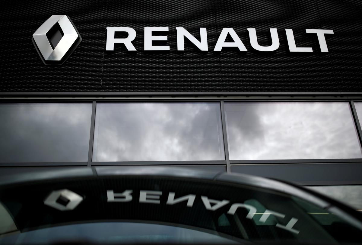 Renault may cut sub-contractors to save up to 200 million euros: sources