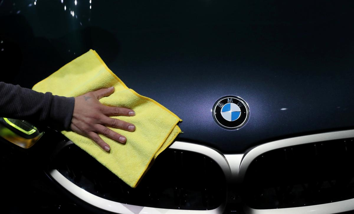 BMW cuts margin outlook for cars division, citing coronavirus woes