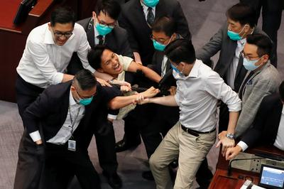 Legislators brawl in Hong Kong