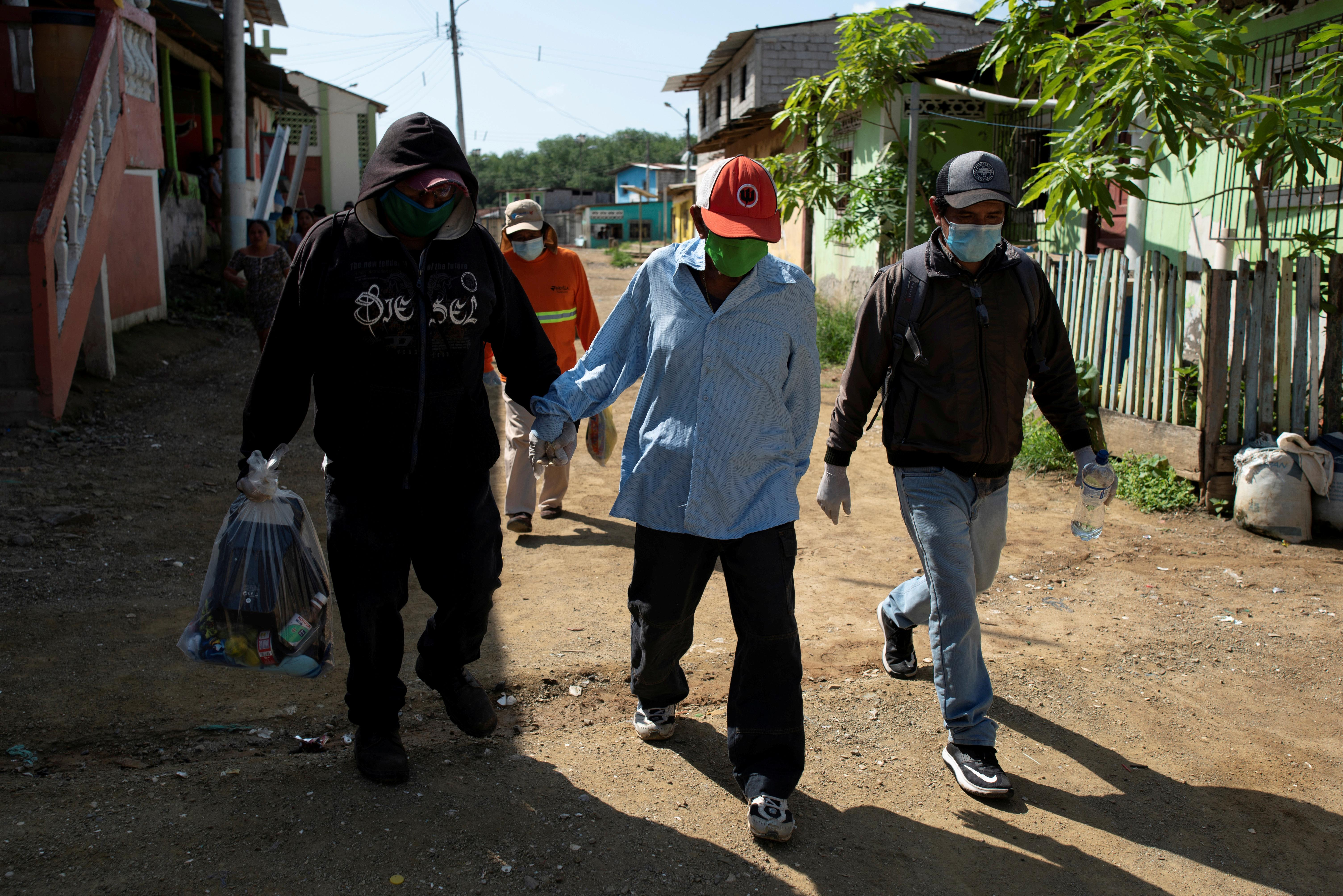 L'Équateur rural fait face à une épidémie de coronavirus sans médecins