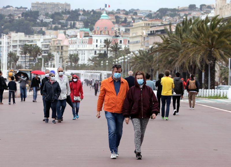 Francia, recessione si attenua a maggio su fine lockdown - Pmi