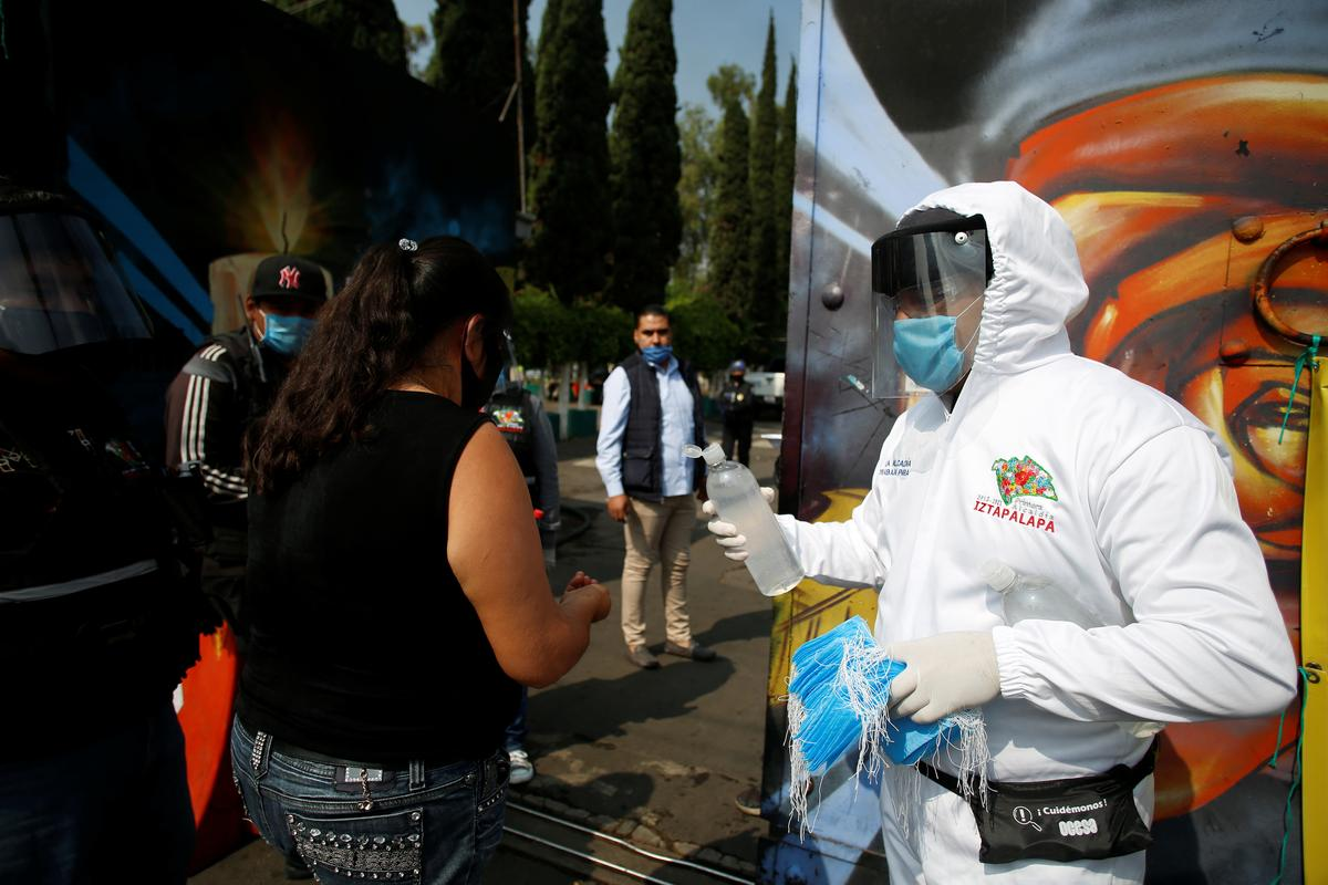 Mexico posts record 2,973 coronavirus cases in single day
