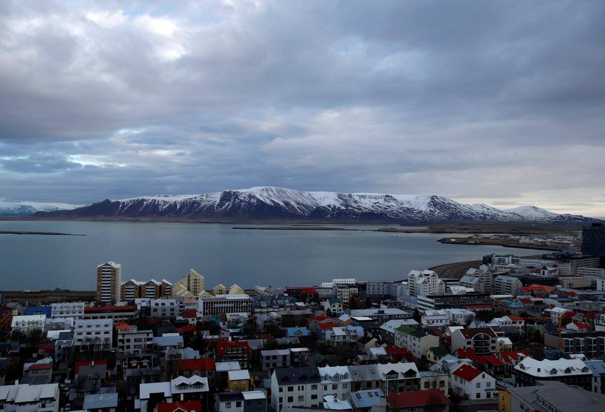 Bars, gyms reopen as Iceland exits emergency coronavirus alert