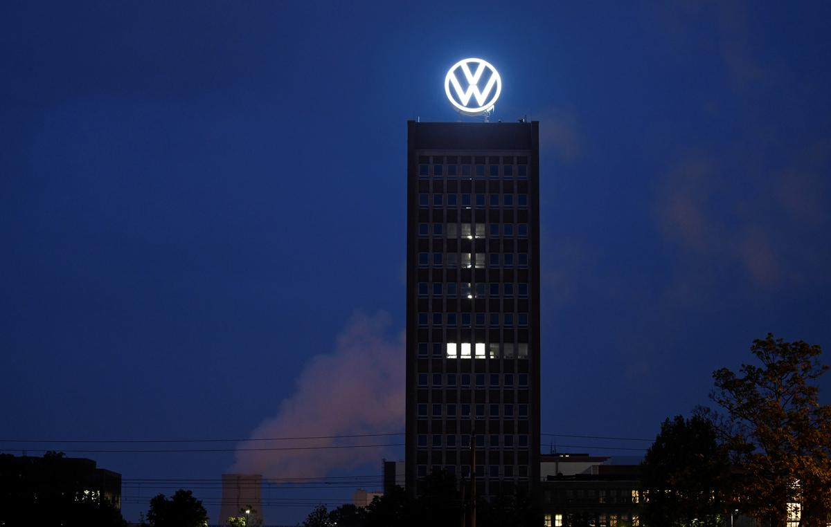 Volkswagen pumps 2 billion euros into China electric vehicle bet, buys stakes in two firms