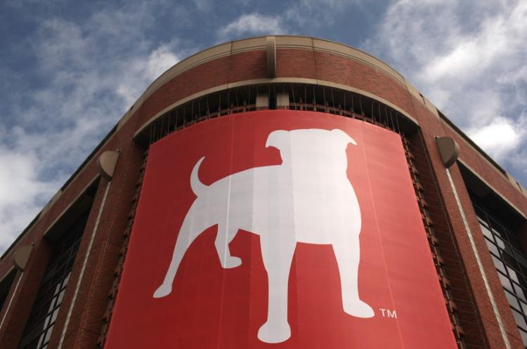 UPDATE 2-Zynga to buy Turkish mobile game-maker Peak for $1.8 bln