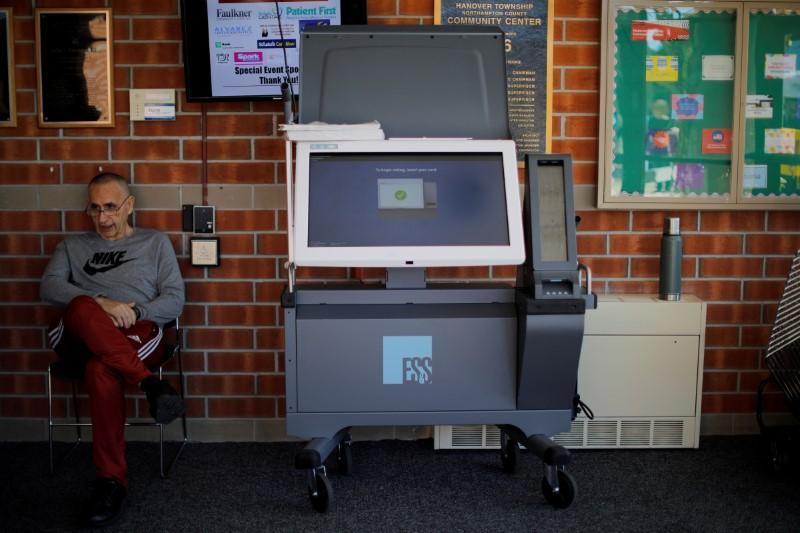 Exclusif: les nouvelles machines à voter de Philadelphie sous contrôle lors des élections de mardi