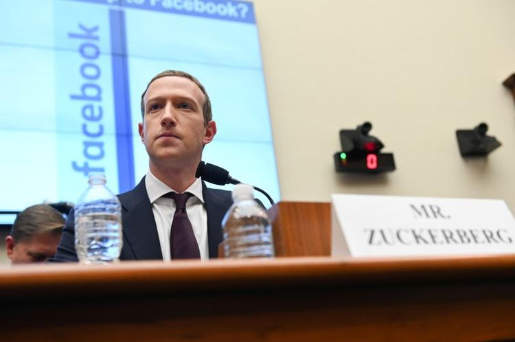Facebook's Zuckerberg faces employee blowback over ruling on Trump comments