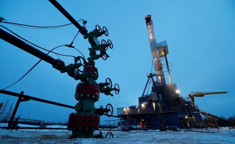 Russian oil output falls to 9.39 million bpd in May, close to OPEC+ goal: Ifax
