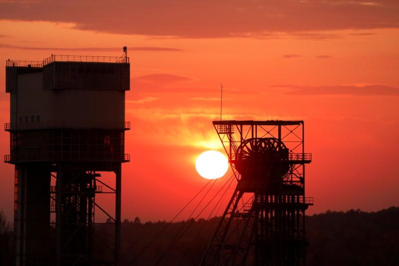 Exclusive: COVID-19 pushes Poland to accelerate exit from ailing coal – sources