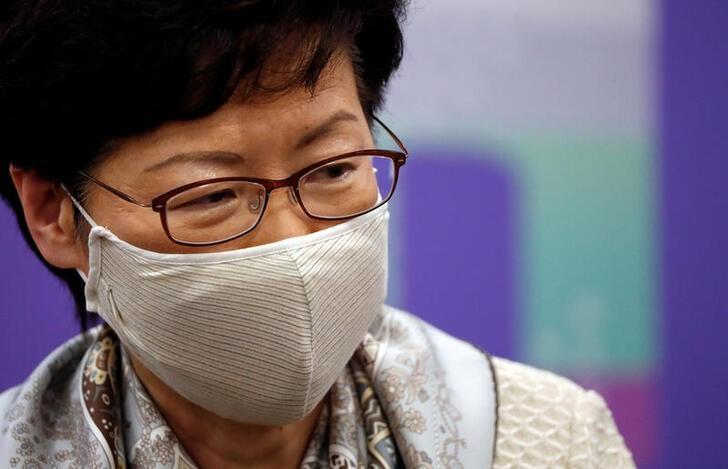Hong Kong, Pechino non rinuncerà a legge sicurezza, nonostante critiche Gb - Lam
