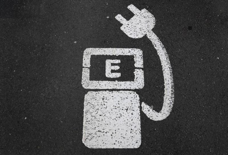Germany will require all petrol stations to provide electric car charging