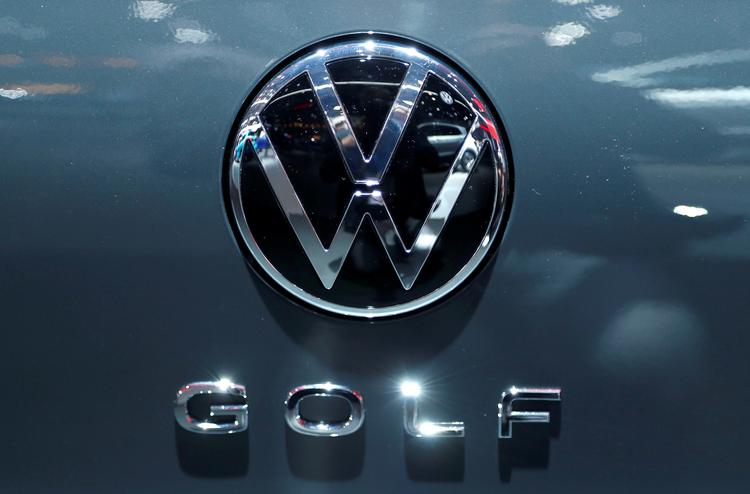Volkswagen board to review internal probe into racist car ad