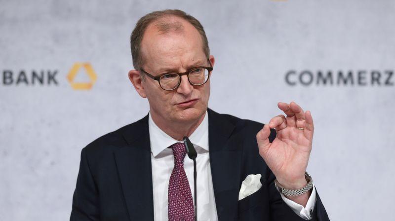 Commerzbank-Chef - Übernehme Verantwortung für finanzielle Performance