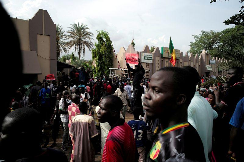 Mali opposition says headquarters raided after mass protest - Reuters