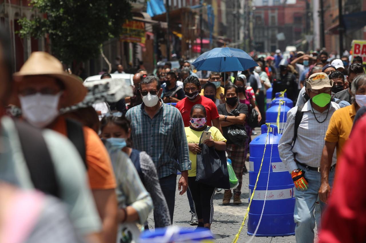 Mexico's Coronavirus Death Toll Nears 35,000