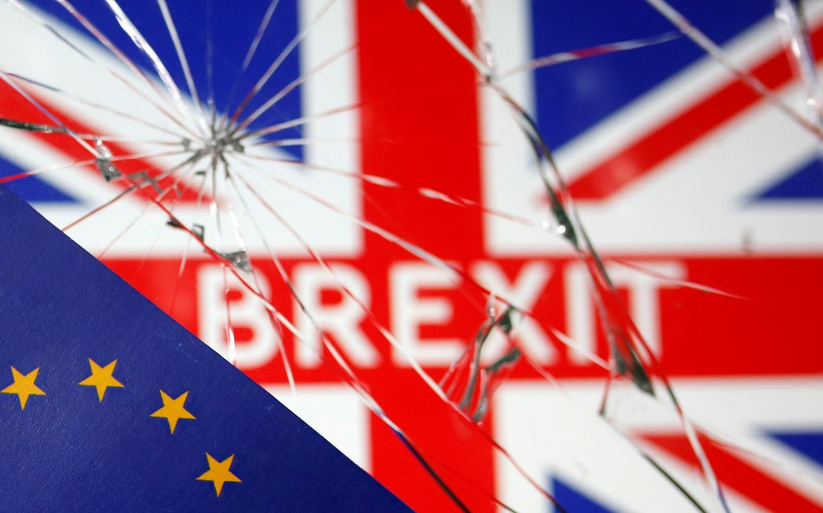 'Let's get going': UK tells businesses to prepare for Brexit crunch