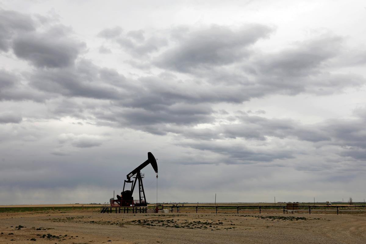 Column: Hedge funds pause oil buying as rally stalls