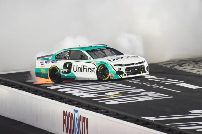 Elliott follows father in winning NASCAR All-Star Race