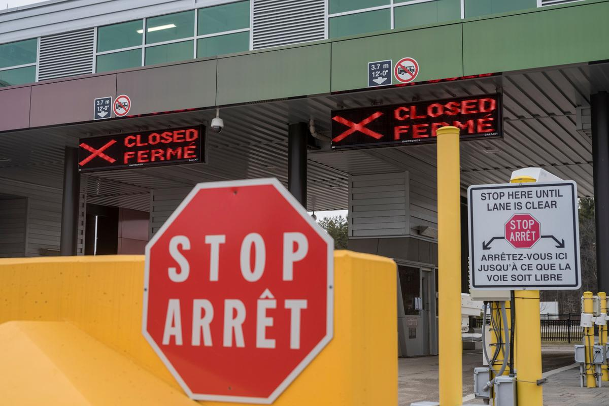 Non-essential travel restrictions extended at U.S. borders with Canada Mexico – Reuters