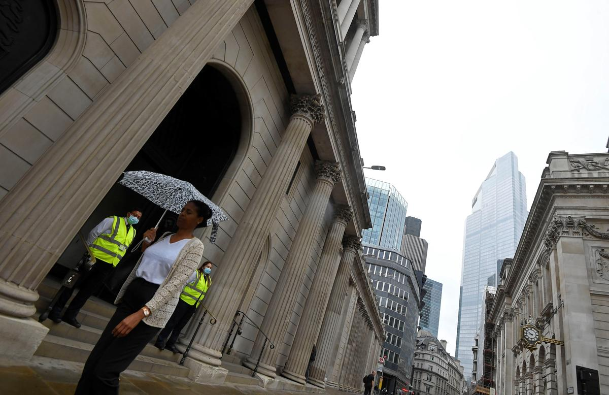 Negative rates in BoE toolbox, but no plans to use them, BoE's Bailey says