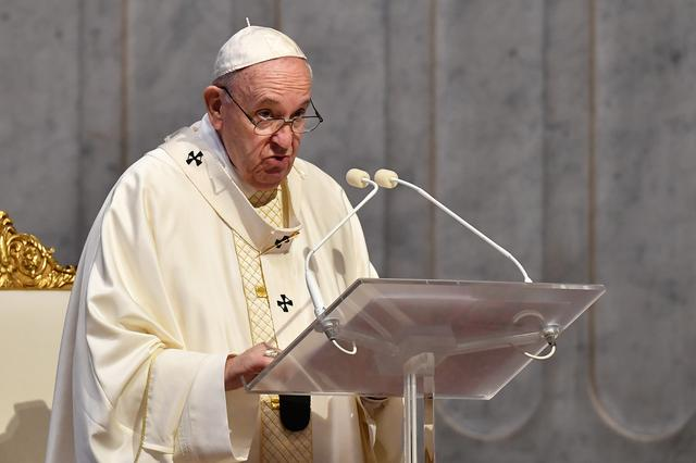 Grant Clemency Pleads Pope and Others