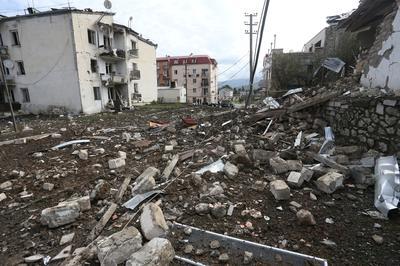 Alarm grows as Armenian-Azeri fighting threatens wider war
