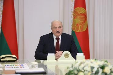 Belarusian leader Lukashenko replaces his interior minister amid protests