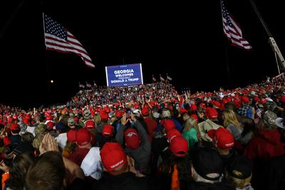 Inside Trump's crowded campaign rallies