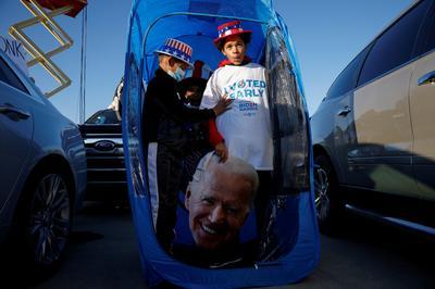 Biden's drive-in campaign rallies