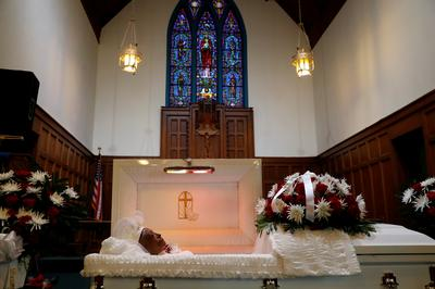 In Chicago, a community mourns a grandmother lost to COVID-19