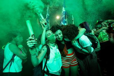 Argentina Senate votes to legalize abortion