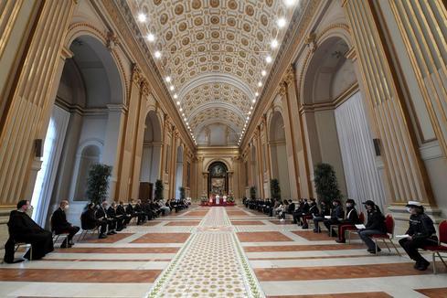 Vatican denies knowledge of $1.8 billion transferred to Australia