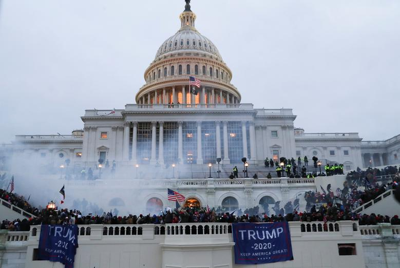 Supporters of President Trump gather in front of the Capitol Building, January 6. REUTERS/Leah Millis