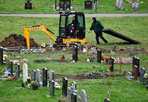 United Kingdom's COVID-19 death toll nears 100,000