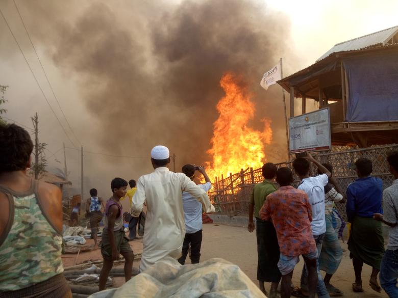 Fire Rips Through Rohingya Refugee Camp in India, Leaving Hundreds of People Homeless